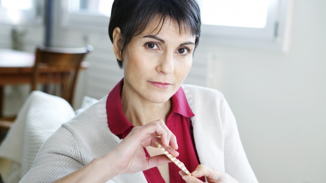 Offenbar spielt es hinsichtlich der Herz-Kreislauf-Erkrankungen eine Rolle, ob die Wechseljahre chirurgisch eingeleitet werden oder natürlich eintreten. (Foto: RFBSIP / adobe.stock.com)