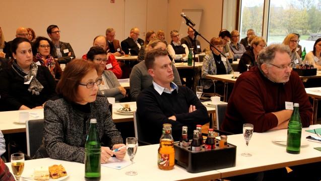 """Rund 80 Teilnehmer folgten der Einladung von Apothekerverband und -kammer zum """"westfälisch-lippischen Flüchtlingsgipfel"""". (Foto: AKWL)"""