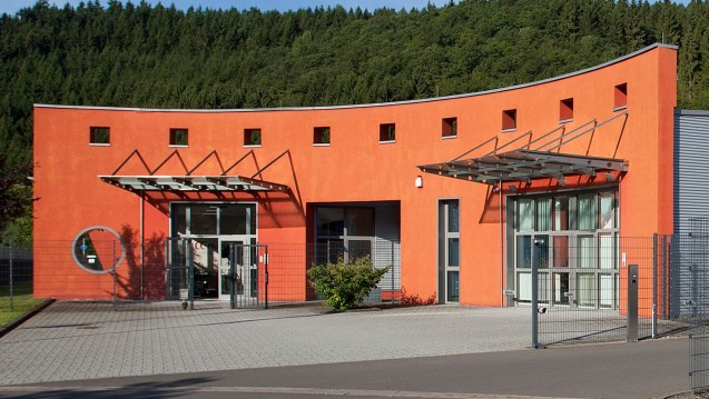 CC-Pharma, hier der Hauptsitz in Densborn, ruft Afinitor zurück. (s / Foto: CC-Pharma)
