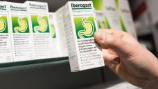 2008 erließ das BfArM seinen Bescheid zu schöllkrauthaltigen Arzneimitteln. Warum setzte das BfArM nicht damals schon neue Packungsbeilagen bei den Herstellern durch? (m / Foto: Imago)