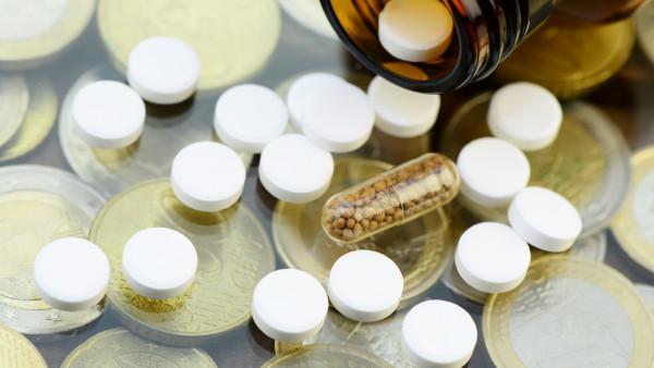 """Je """"teurer"""" das Placebo, umso stärker die Nebenwirkungen?"""