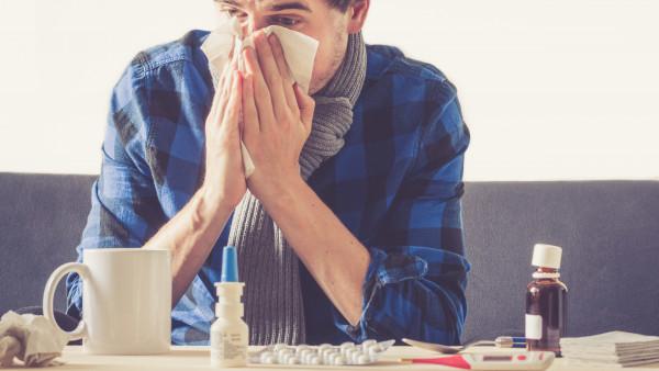 Was steckt in den Kombipräparaten gegen Erkältung?