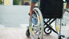 Bei etwa 10 Prozent der MS-Patienten schreitet die Erkrankung von Beginn an unaufhaltsam fort . (foto: MinervaStudo / stock.adobe.com)