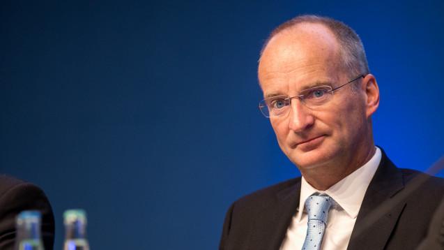 Kein großen Umwälzungen, sondern ein langsamer Start: ABDA-Präsident Friedemann Schmidt will das Apothekenhonorar nicht in Kleinteile zerlegen. (Foto: Schelbert)