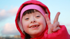 Schlafstörungen treten laut EMA bei Kindern mit Entwicklungsstörungen häufig auf. Aktuell gibt es aber noch keine zugelassenen Arzneimittel, um Insomnie bei Kindern zu behandeln. (c / Foto:denys_kuvaiev / stock.adobe.com)