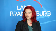 Keine gute Woche für die brandenburgische Gesundheitsministerin Diana Golze: In ihrem Zuständigkeitsbereich soll ein Arzneimittelhändler Hehlerei mit Krebsmedikamenten betrieben haben. (b / Foto: Imago)