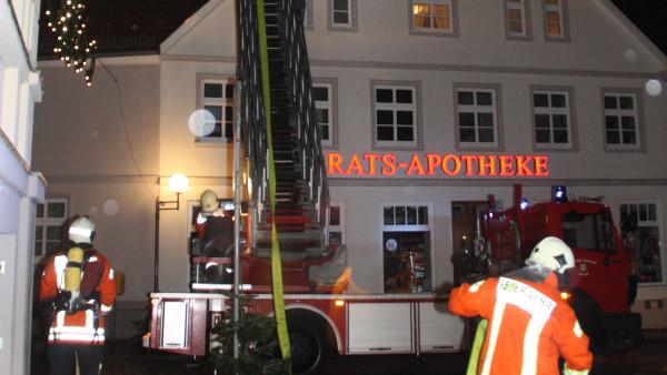 Feuerwerk setzt Altstadt-Apotheke in Brand