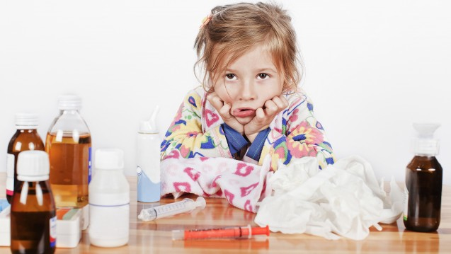 Antibiotika sind bei Kindern nicht beliebt, und viel hilft nicht unbedingt viel.(Foto:photomim / stock.adobe.com)