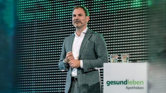 """Gehe-Vertriebschef Andreas Thiede erklärte auf dem """"Gesund leben live""""-Partnertreffen, dass die Kooperationsmitglieder künftig am Gewinn beteiligt werden sollen. (Foto: Gehe)"""