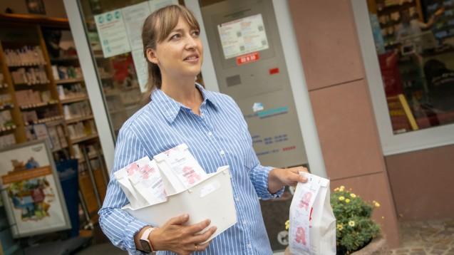 Botendienste von Apotheken werden wohl auch künftig gefragt sein. Mit ihnen lässt sich auch gegen den Versandhandel punkten. (p / Foto: Schelbert)