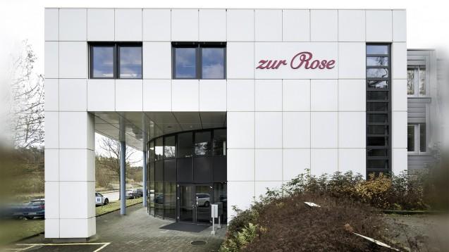 Zur Rose will während der Coroankrise Erleichterungen beim Versand von OTC-Arzneimitteln in der Schweiz. Man wolle dadurch die Apotheken vor Ort entlasten und deren exponiertes Personal. (t/Foto: Zur Rose)