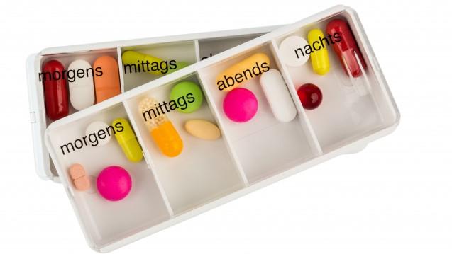 Stimmen die Arzneimittel im Dispenser auch wirklich mit denen des Medikationsplans überein? Eine Studie aus Münster zeigt ernüchternde Ergebnisse. (Foto: Gina Sanders / Fotolia)