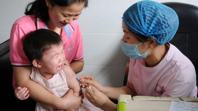 Wirkungslose Tollwutimpfstoffe waren im Sommer 2018 nicht der einzige Pharmaskandal in China. Welche Konsequenzen folgten? (Foto: imago)