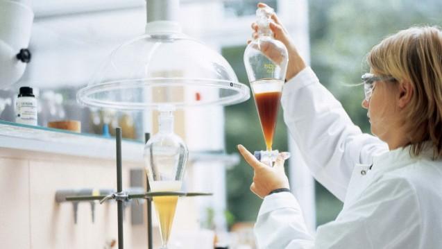 Etwa 200 Mitarbeiter sind bei der Wala im Ressort Wissenschaft beschäftigt. Allein 70 Mitarbeiter arbeiten in der Qualitätskontrolle.