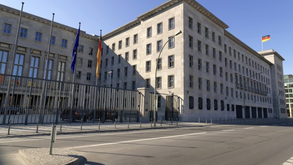 Wirtschaftsministerium veröffentlicht Honorar-Gutachten