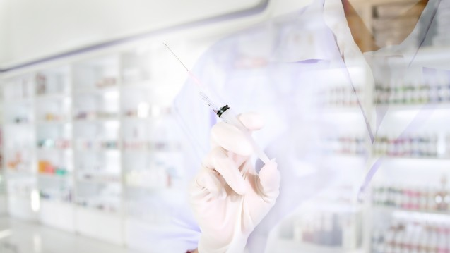 In anderen Ländern sind Impfungen in der Apotheke längst etabliert - in Deutschland startet nun die Diskussion. ( r / Foto: tuiphotoengineer/ stock.adobe.com)