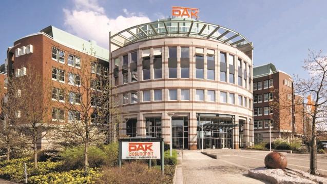 Hat die DAK ein Einsehen, dass sie bei der Retaxation von Apotheken den Bogen überspannt hat? (Foto: DAK-Gesundheit)