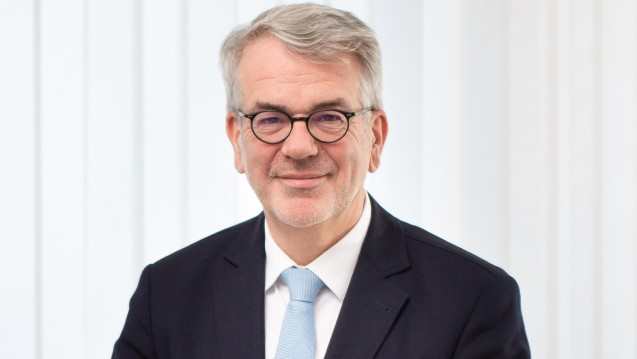 Klaus Henkel, Geschäftsführer beim Apothekenrechenzentrum ARZ Service GmbH, erklärt im Interview, dass die Rechenzentren bestens vorbereitet sind auf das E-Rezept. (s / Foto:AVNR / Alois Müller)