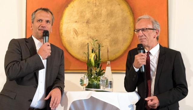 Michael Hennrich und DAZ-Herausgeber Peter Ditzel bei der Gehe-Diskussion. (Alle folgenden Fotos: Nielinger / Gehe)