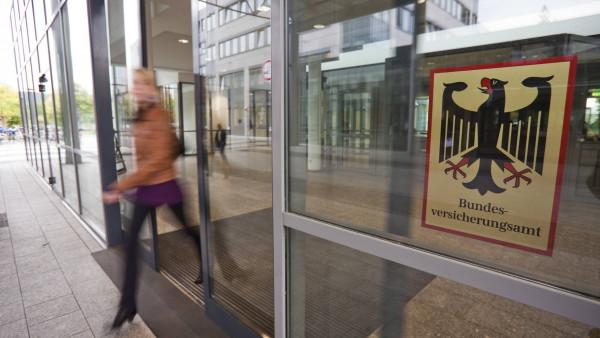 Aufsichtsbehörde stoppt Hilfsmittelverträge von Barmer und DAK