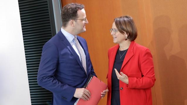 Folgt Annette Widmann-Mauz (rechts) nach der Bundestagswahl auf den amtierenden Bundesgesundheitsminister Jens Spahn? (c / Foto: IMAGO / Reiner Zensen)