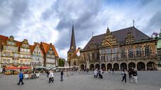 In Bremen und Bremerhaven will die SPD es jedem möglich machen, innerhalb von 10 Gehminuten eine Apotheke zu erreichen. (Foto: IMAGO / Norbert Neetz)