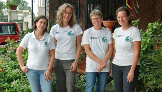 Das Team von Apotheker ohne Grenzen:Geschäftsführerin Eliette Fischbach mit ihren Kolleginnen Bettina Rüdy, Barbara Leimkugel und Dorothea Wedler. (Foto: AoG)