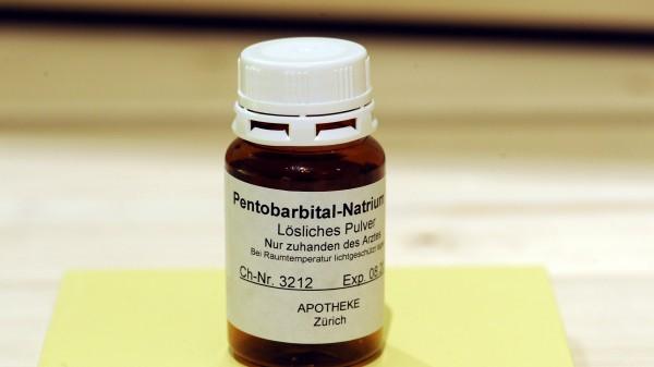 24 Anträge auf Natrium-Pentobarbital
