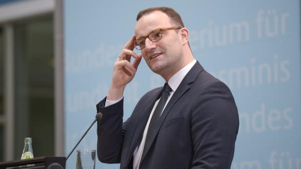 """Spahn will """"grundsätzliche"""" Reform der PTA-Ausbildung"""