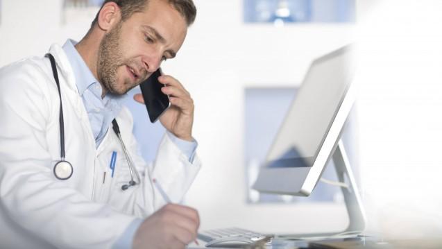 Auch in Schleswig-Holstein sollen Ärzte künftig via Telefon oder Internet beraten dürfen. (Foto: Imago)