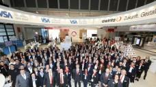Erfolgreiche expopharm 2018: Die Mitarbeiterinnen und Mitarbeiter der awinta, gemeinsam mit den Kolleginnen und Kollegen der VSA und NOVENTI.