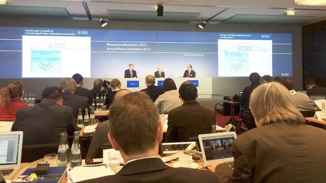 Boehringer präsentierte auf der Bilanzpressekonferenz am 19. April die Zahlen für das Geschäftsjahr 2015. (Foto: wes / DAZ)