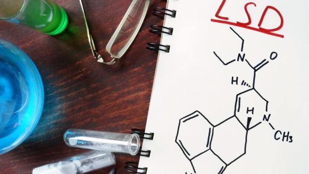 Chemiker Dr. Albert Hofmann hat LSD per Zufall entdeckt. (Foto:designer491/ stock.adobe.com)