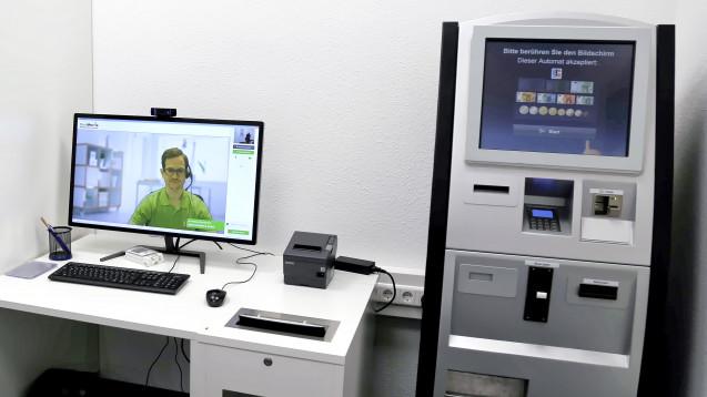 Video-Beratung durch einen Apotheker oder eine PTA und Arzneimittel aus dem Automaten – das ist für DocMorris Versandhandel. (Foto: diz / DAZ.online)
