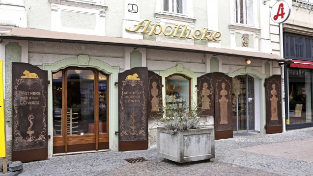 Bald mit Niederlassungsfreiheit? Die Bundeswettbewerbsbehörde in Österreich setzt sich dafür ein, dass die Apotheken in der Alpenrepublik keiner Bedarfsplanung mehr unterliegen. ( r / Foto: imago images / Chromorange)