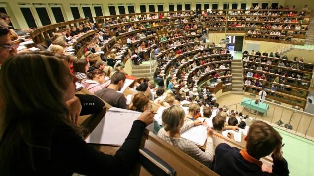 Die Apotheker-Ausbildung in Leipzig bleibt gesichert: Pharmazie wird künftig an der medizinischen Fakultät studiert. (Foto:Jan Woitas / Universität Leipzig)