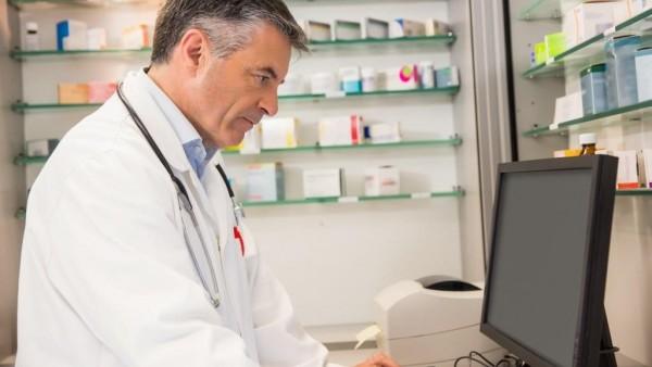 """Datenbanken für die Medikationsanalyse: Was kann """"MediCheck+""""?"""