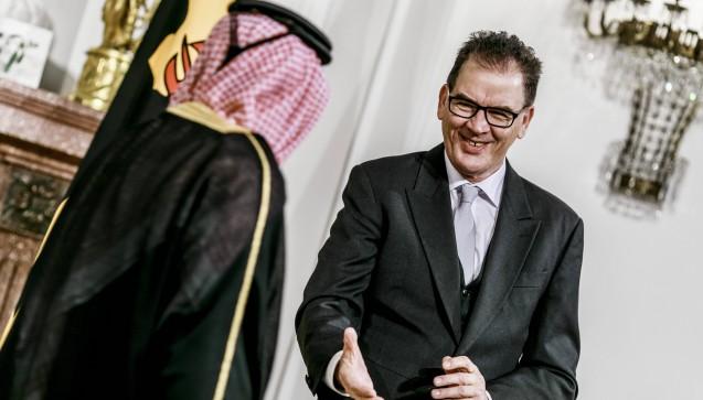 Gerd Müller (62, CSU) bleibt Entwicklungsminister. (Foto: Imago)