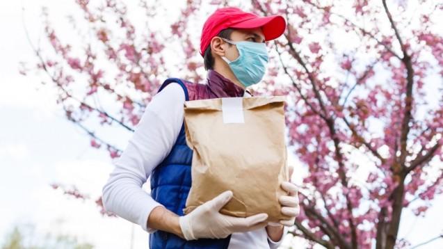 """Die """"SARS-CoV-2-Arzneimittelversorgungsverordnung"""" ermöglicht es den Apotheken, Botendienste abzurechnen (ch/Foto:Angelov /stock.adobe.com)."""