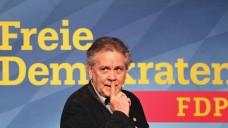 Contra aus Bayern: Der Vorsitzende der FDP Bayern, Albert Duin, widerspricht den Aussagen der FDP-Bundesvorsitzenden zum Apothekenmarkt in Teilen und fordert ein vorübergehendes Rx-Versandverbot. (Foto: dpa)
