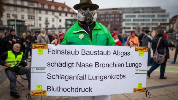 Stuttgart plant Feinstaub-Alarm