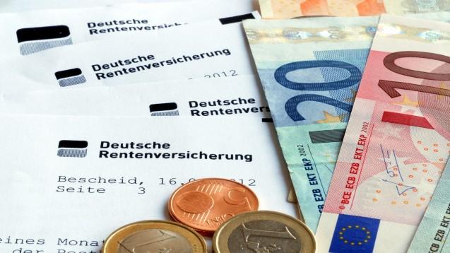 Manch ein Apotheker, der in der Industrie arbeitet, hat mit der Deutschen Rentenversicherung zu kämpfen. Das könnte sich nun ändern. (Foto: nmann77 / stock.adobe.com)