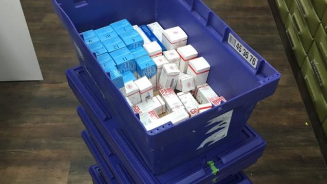 Apothekerin Iris Hundertmark hat sich dazu entschlossen, homöopathische Präparate nur noch in Ausnahmefällen abzugeben. (c / Foto: Bahnhof Apotheke)