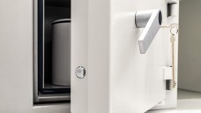 Gekühlter Tresor oder gepanzerter Kühlschrank? Welche Vorgaben gibt es zur Lagerung kühlpflichtiger BtM? (Foto:tl6781/stock.adobe.com)