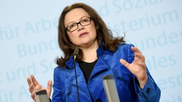 Die Bundesministerin für Arbeit und Soziales, Andrea Nahles (SPD), bei einer Pressekonferenz zur Situation der Flüchtlinge in Deutschland. (Foto: Britta Pedersen/dpa)