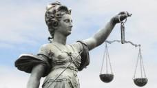 Das Landgericht Aschaffenburg wird sich nun mit der Zulässigkeit von Großhandels-Skonti befassen. (Foto: Stefan Welz/Fotolia)