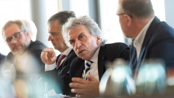 """AOK wirft Industrie und Apothekern """"Desinformationskampagne"""" vor"""