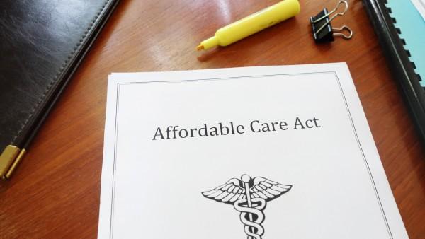"""Oberstes US-Gericht sichert """"Obamacare"""""""