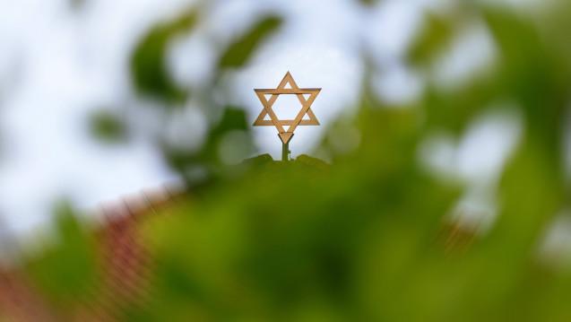 Durch den antisemitischen Terror während der NS-Zeit wurde die Entwicklung jüdischer Apotheker in Deutschland gestoppt. Aber was geschah davor? Wie viele jüdische Apotheker gab es? DAZ.online-Autorin Inken Rutz hat sich dieser Frage im ersten Teil der Miniserie über jüdische Apotheker gewidmet. (Foto: Imago)