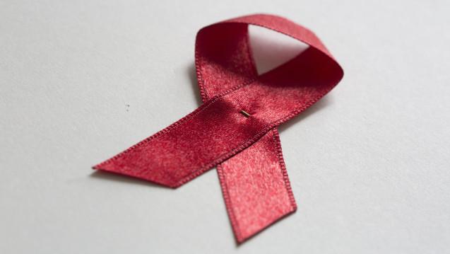 Es sterben zwar weniger Menschen an AIDS, doch neben diesem Licht gibt es aber auch noch viel Schatten. (Foto:picture alliance/Ulrich Baumgarten)